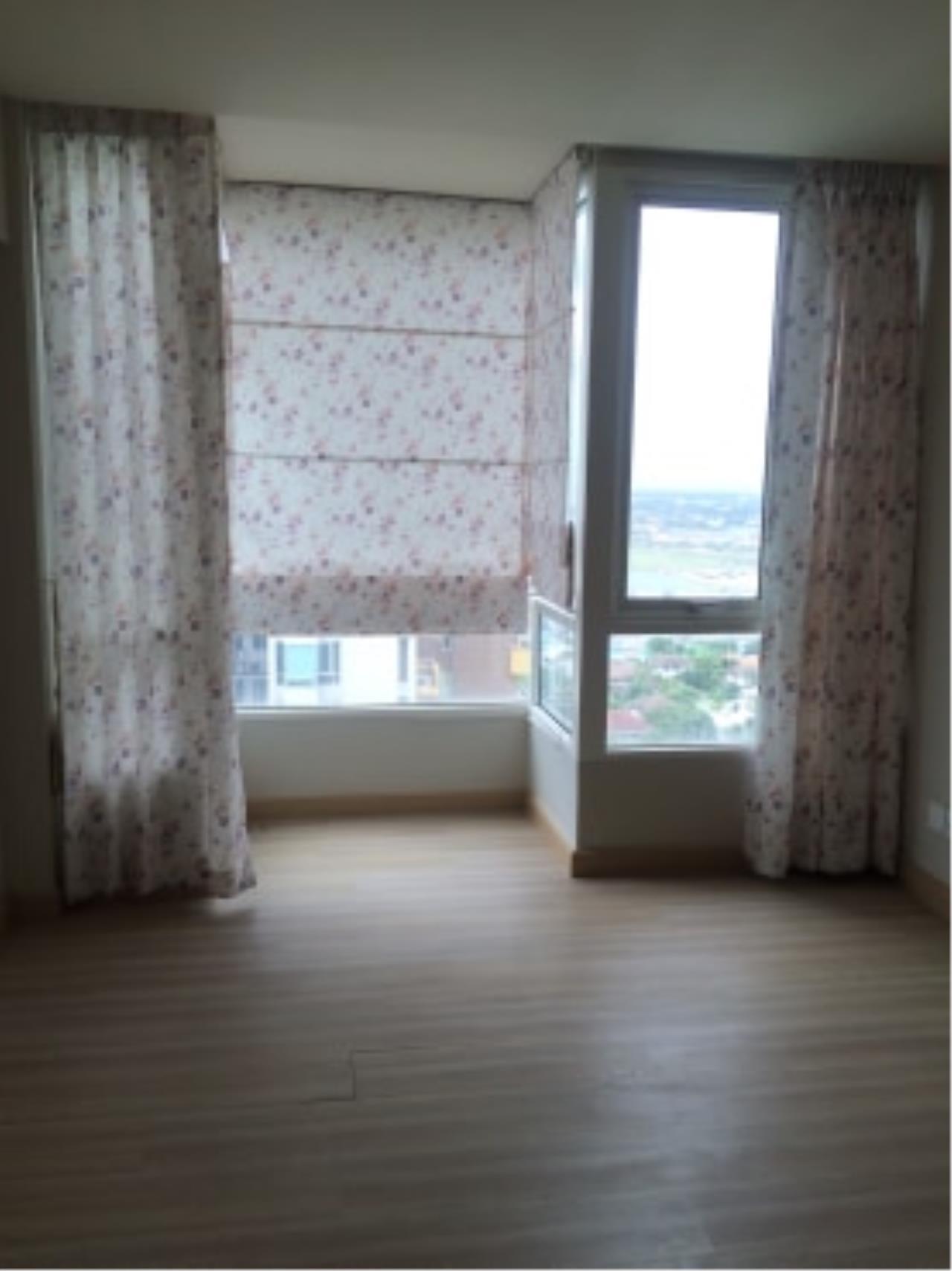 Agent - Nisa Agency's M Society Condominium  Muangthong 4