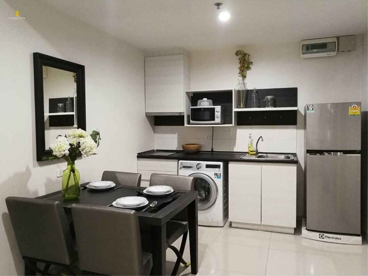 Agent - Lalisa Agency's Life Ratchadapisek for rent 2Bed 2bath 56 sqm Floor 24 5