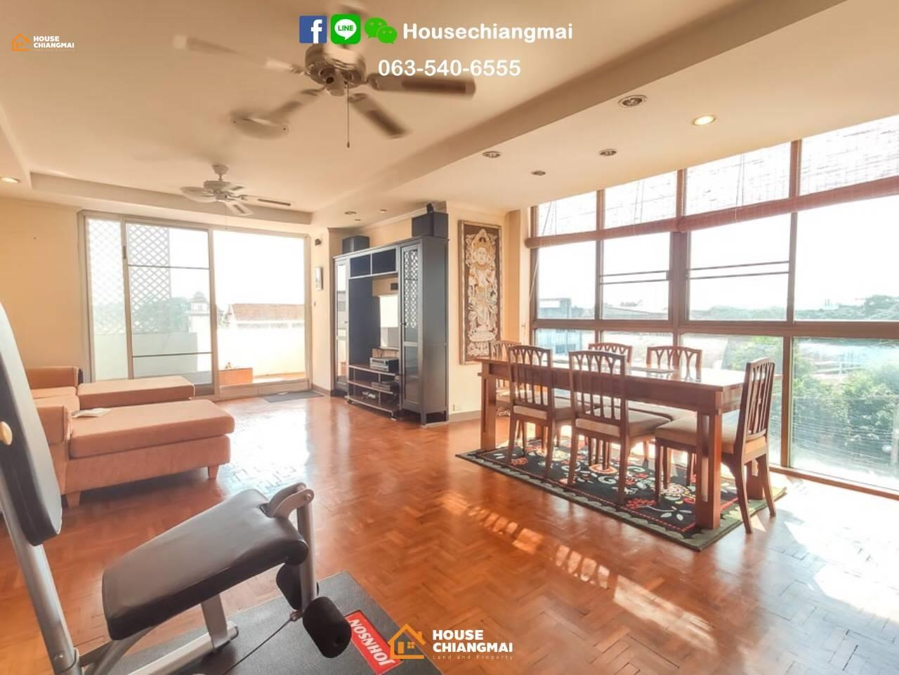 Agent - Orawan Rientchaicharoen Agency's Its 2 condos right next to each other at Supanich Condo near train station 1