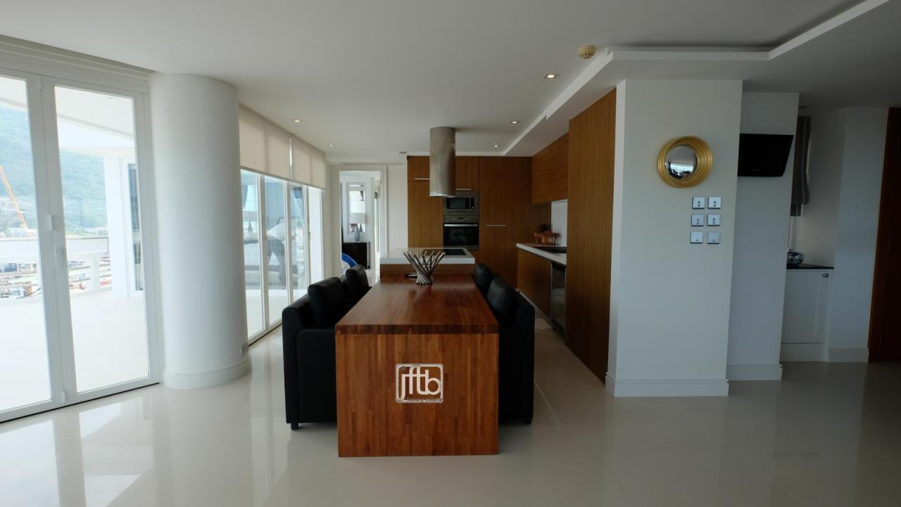 JFTB Phuket Agency's Phuket Modern luxury full Sea View apartment for sale in Patong Beach 19