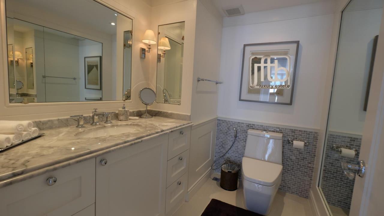 JFTB Phuket Agency's Phuket Modern luxury full Sea View apartment for sale in Patong Beach 17