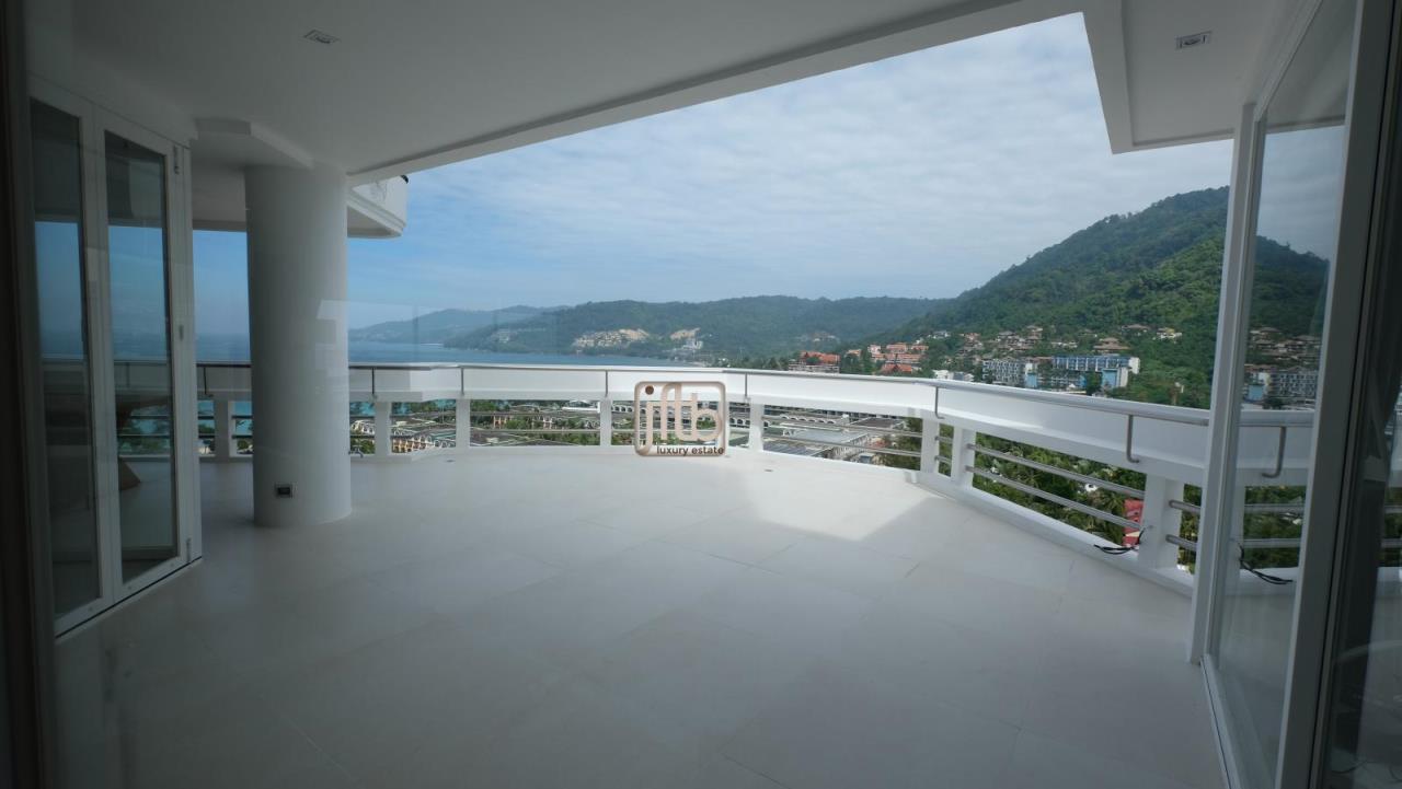 JFTB Phuket Agency's Phuket Modern luxury full Sea View apartment for sale in Patong Beach 9