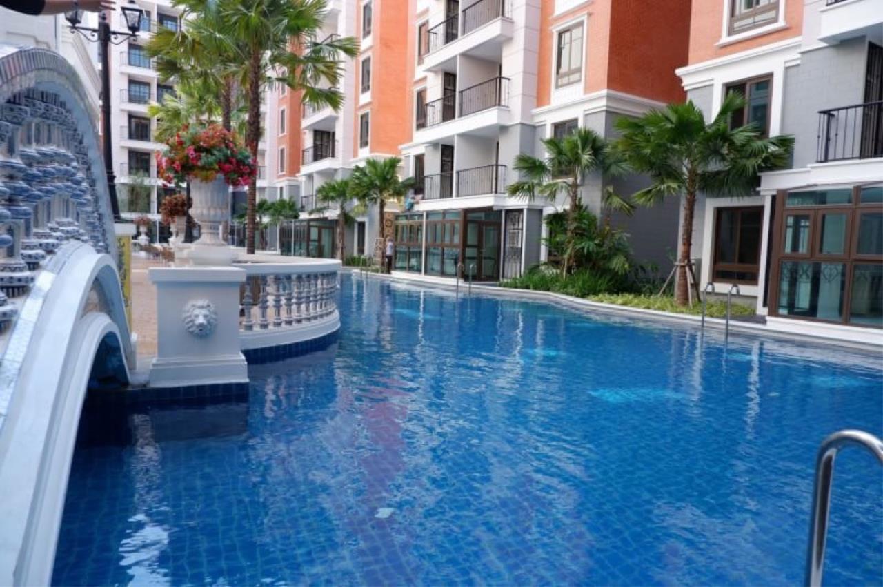 Signature Realty ( Thailand ) Co Ltd Agency's Espanya condominium 1 bedroom 1 bathroom  6