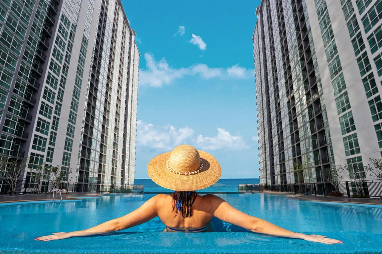 Signature Realty ( Thailand ) Co Ltd Agency's Fully Furnished Studio condo floor 2-10 at The Grand Jomtein Beach Pattaya 1