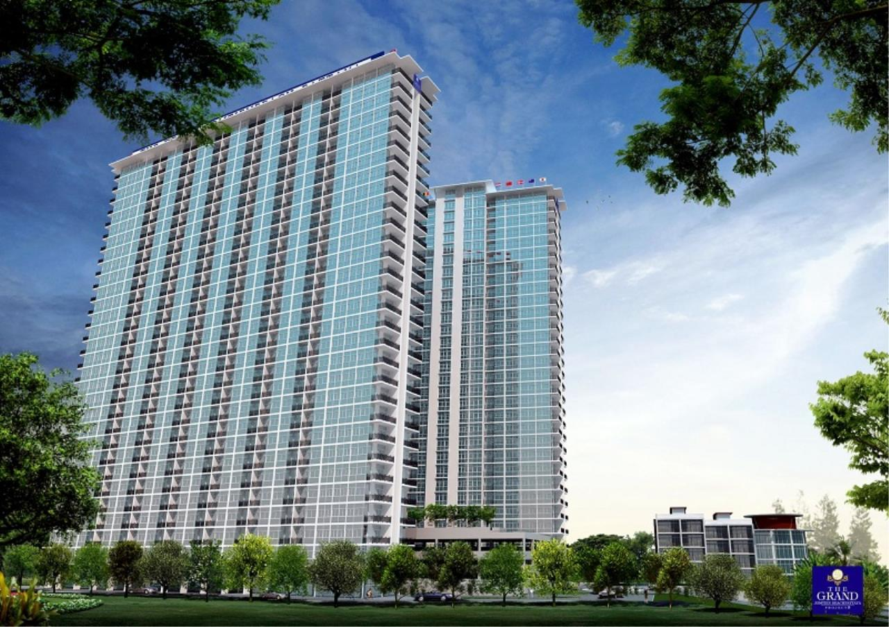 Signature Realty ( Thailand ) Co Ltd Agency's Furnished 2bedroom 65.75 sq.m condo with jacuzzi floor 2-11 at The Grand Jomtein Beach Pattaya 2