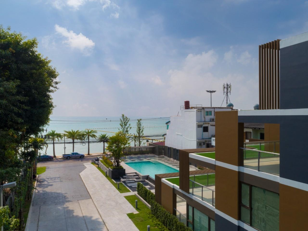 Signature Realty ( Thailand ) Co Ltd Agency's AERAS CONDO JOMTIEN 25