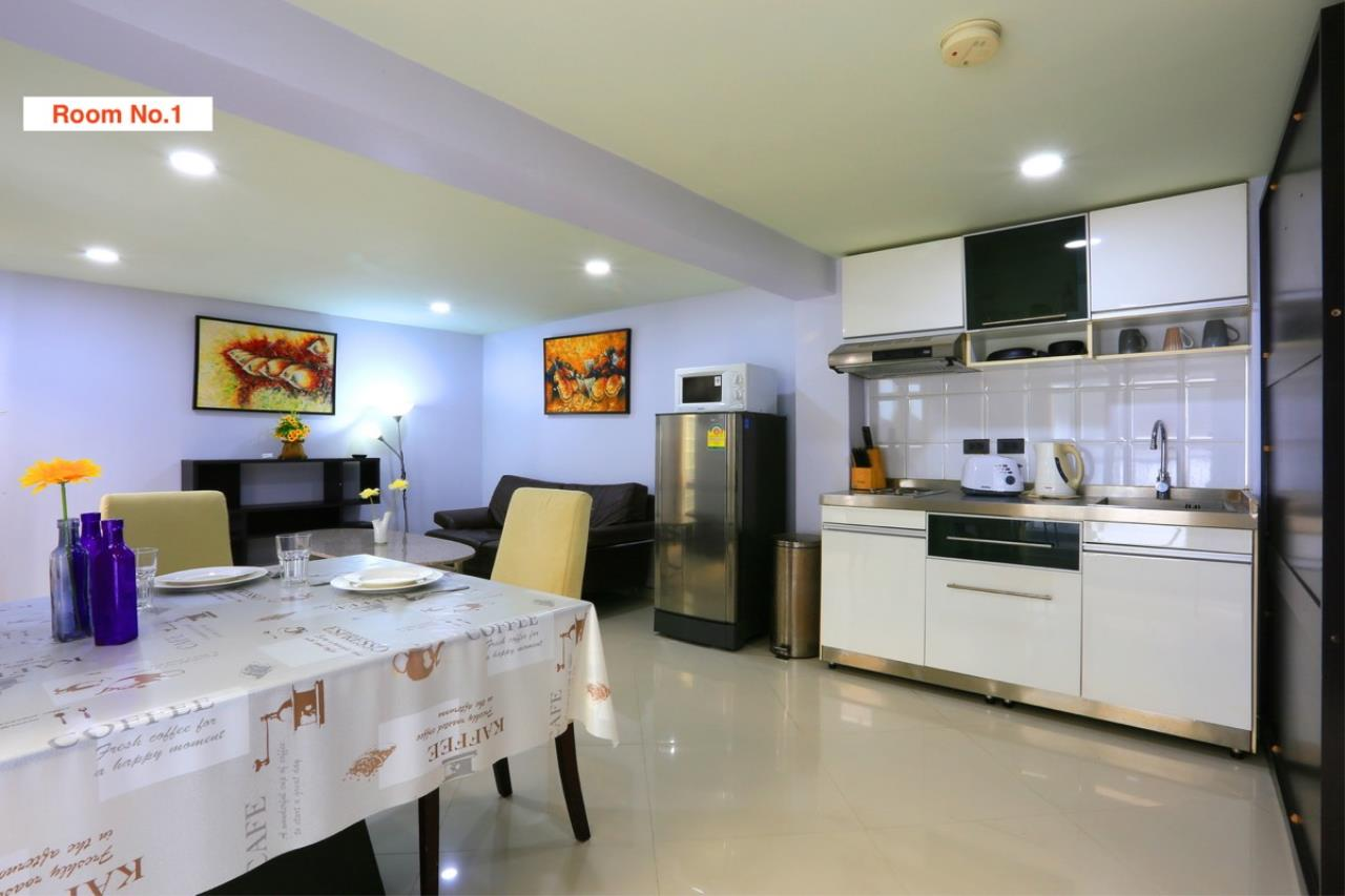 Signature Realty ( Thailand ) Co Ltd Agency's 4 Storey Luxury Serviced Apartment fully furnished for Sale - Pratamnak 46