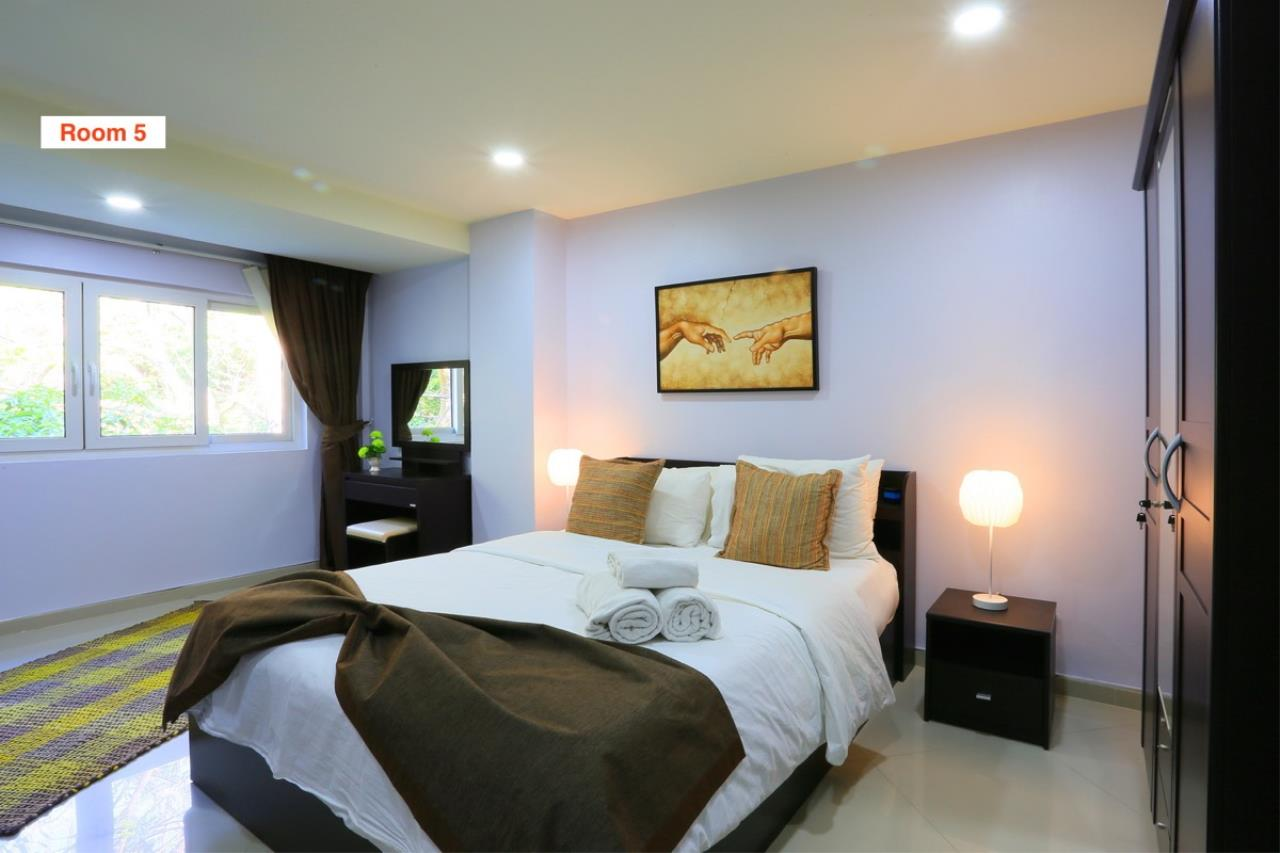 Signature Realty ( Thailand ) Co Ltd Agency's 4 Storey Luxury Serviced Apartment fully furnished for Sale - Pratamnak 16