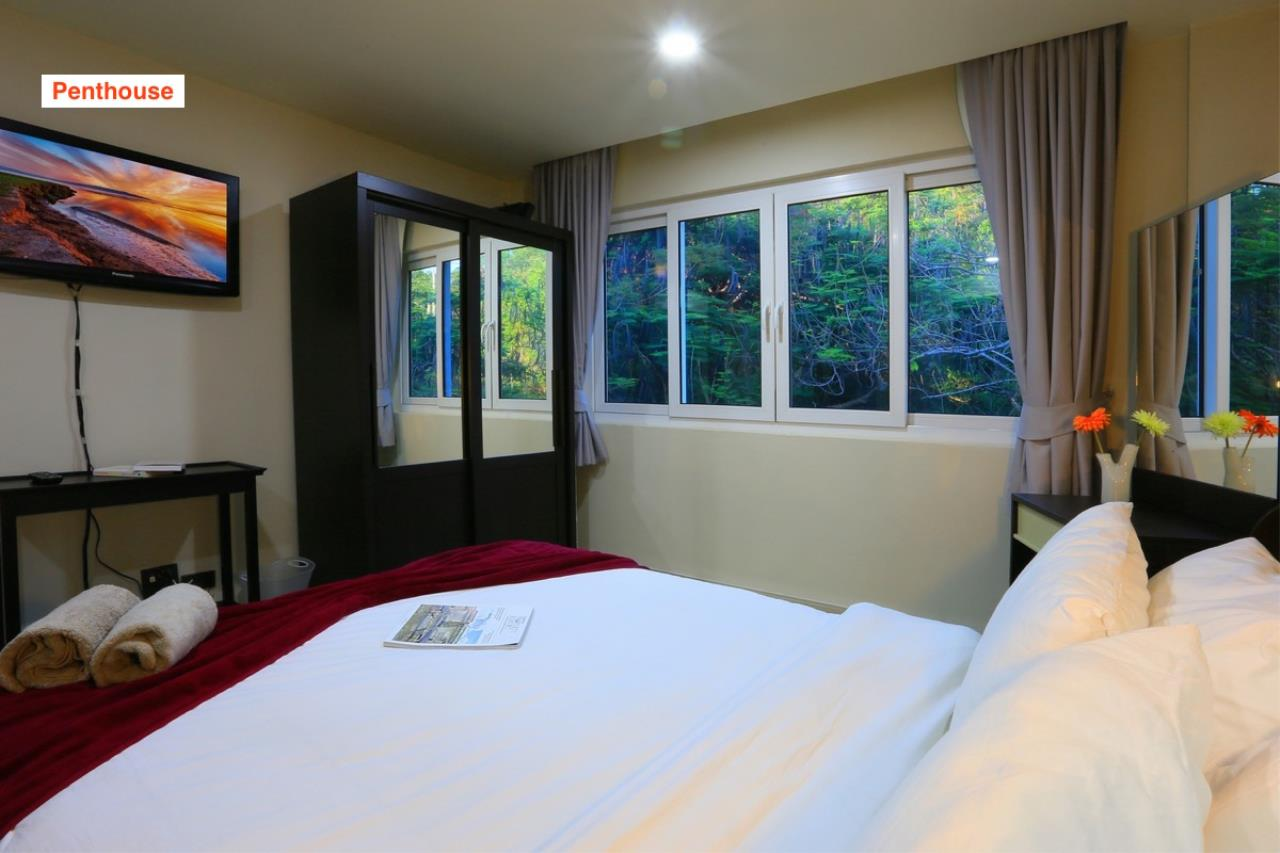Signature Realty ( Thailand ) Co Ltd Agency's 4 Storey Luxury Serviced Apartment fully furnished for Sale - Pratamnak 30