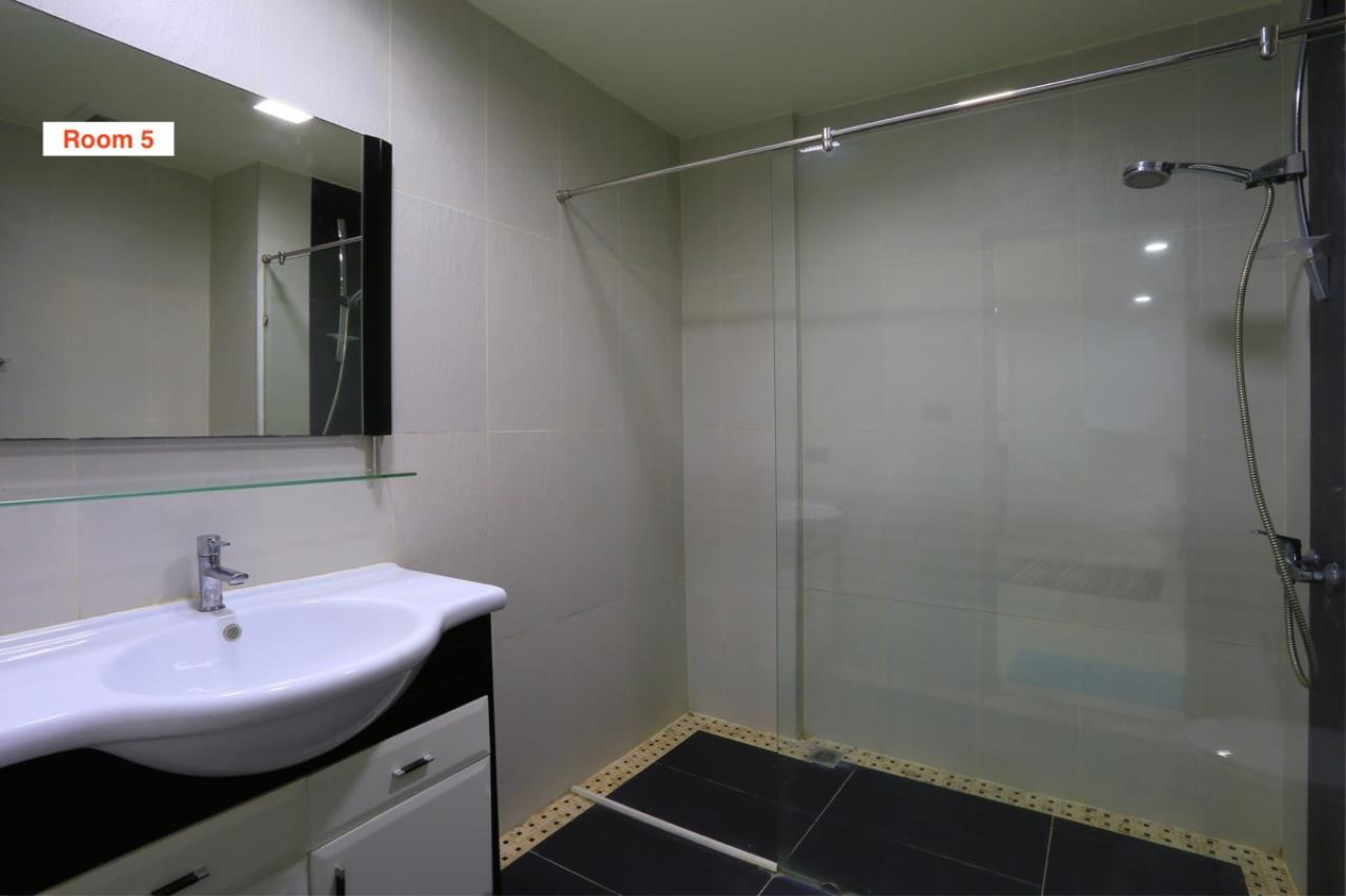 Signature Realty ( Thailand ) Co Ltd Agency's 4 Storey Luxury Serviced Apartment fully furnished for Sale - Pratamnak 15