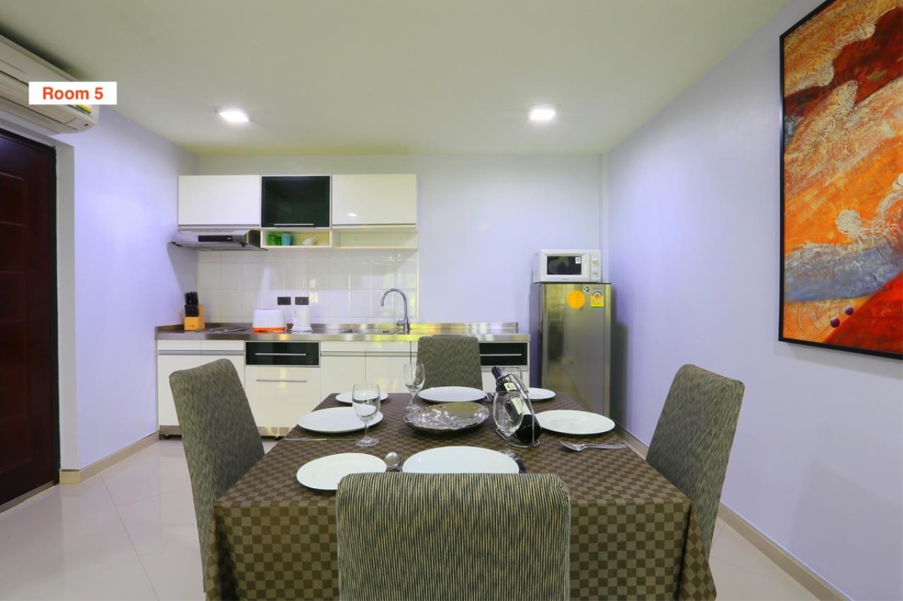 Signature Realty ( Thailand ) Co Ltd Agency's 4 Storey Luxury Serviced Apartment fully furnished for Sale - Pratamnak 18