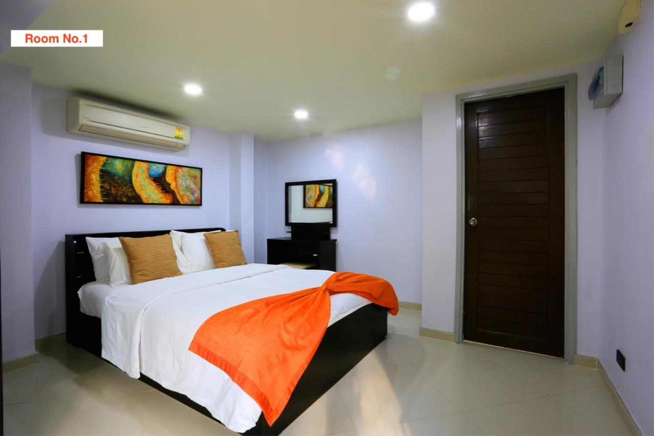 Signature Realty ( Thailand ) Co Ltd Agency's 4 Storey Luxury Serviced Apartment fully furnished for Sale - Pratamnak 45