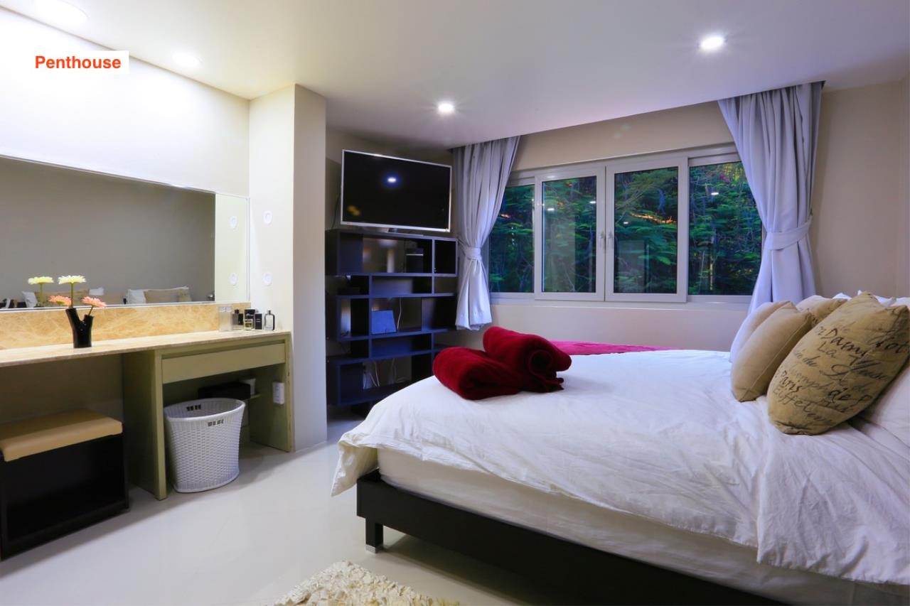 Signature Realty ( Thailand ) Co Ltd Agency's 4 Storey Luxury Serviced Apartment fully furnished for Sale - Pratamnak 37