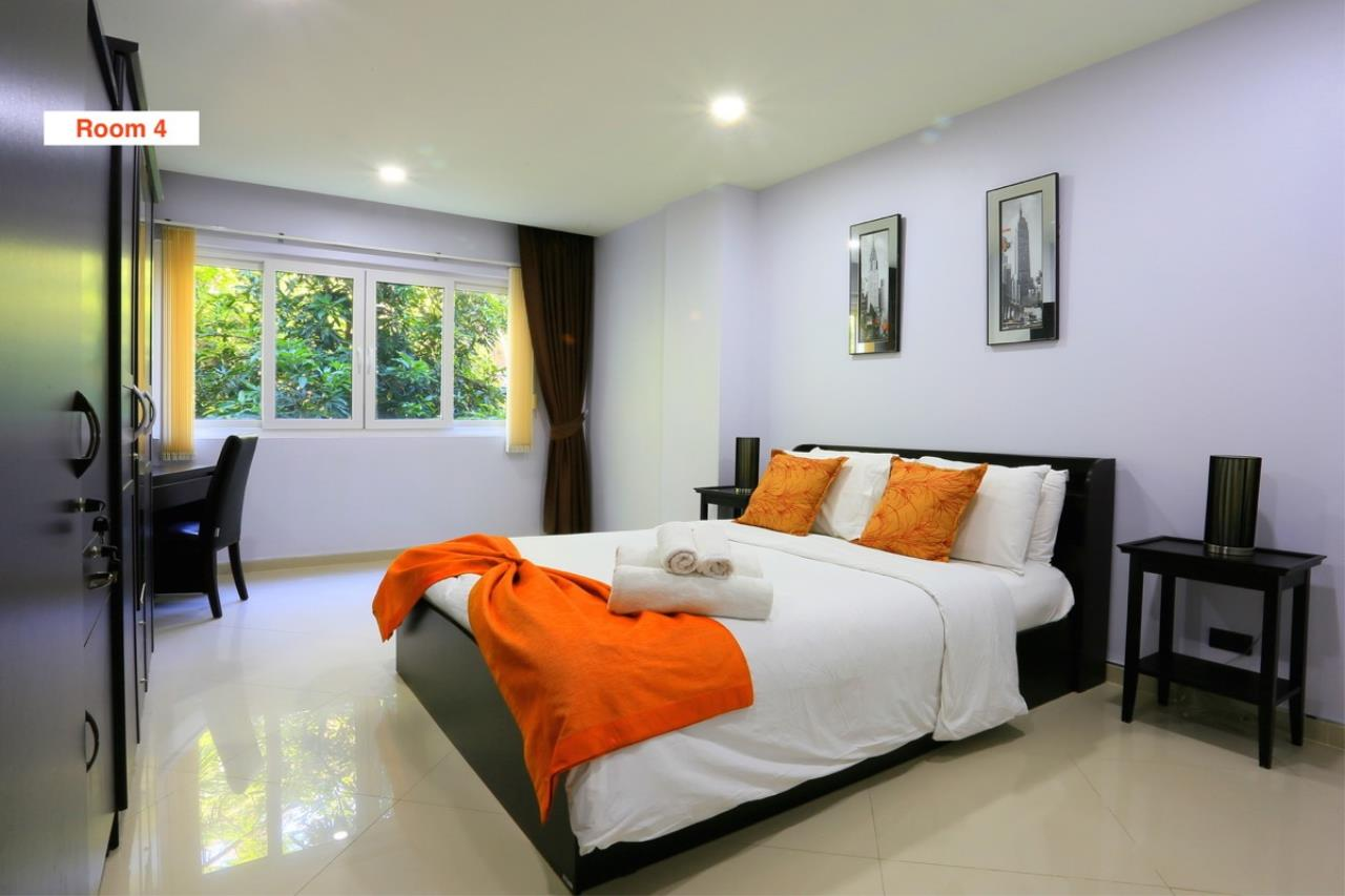 Signature Realty ( Thailand ) Co Ltd Agency's 4 Storey Luxury Serviced Apartment fully furnished for Sale - Pratamnak 25