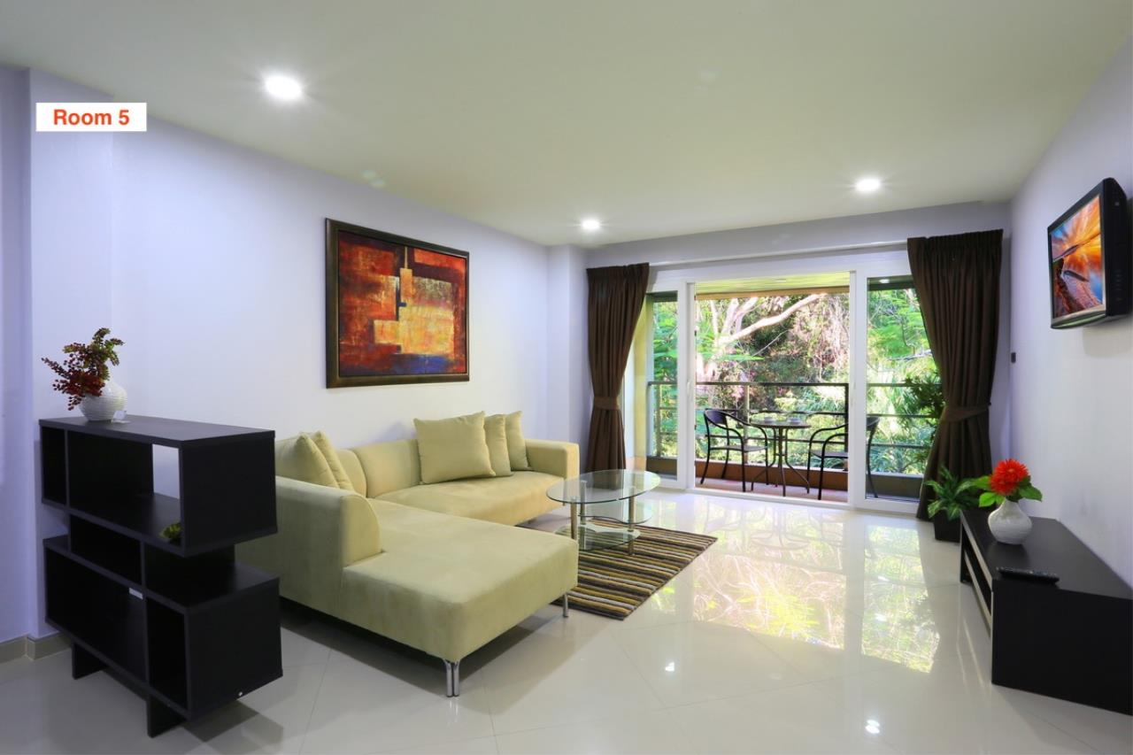 Signature Realty ( Thailand ) Co Ltd Agency's 4 Storey Luxury Serviced Apartment fully furnished for Sale - Pratamnak 14
