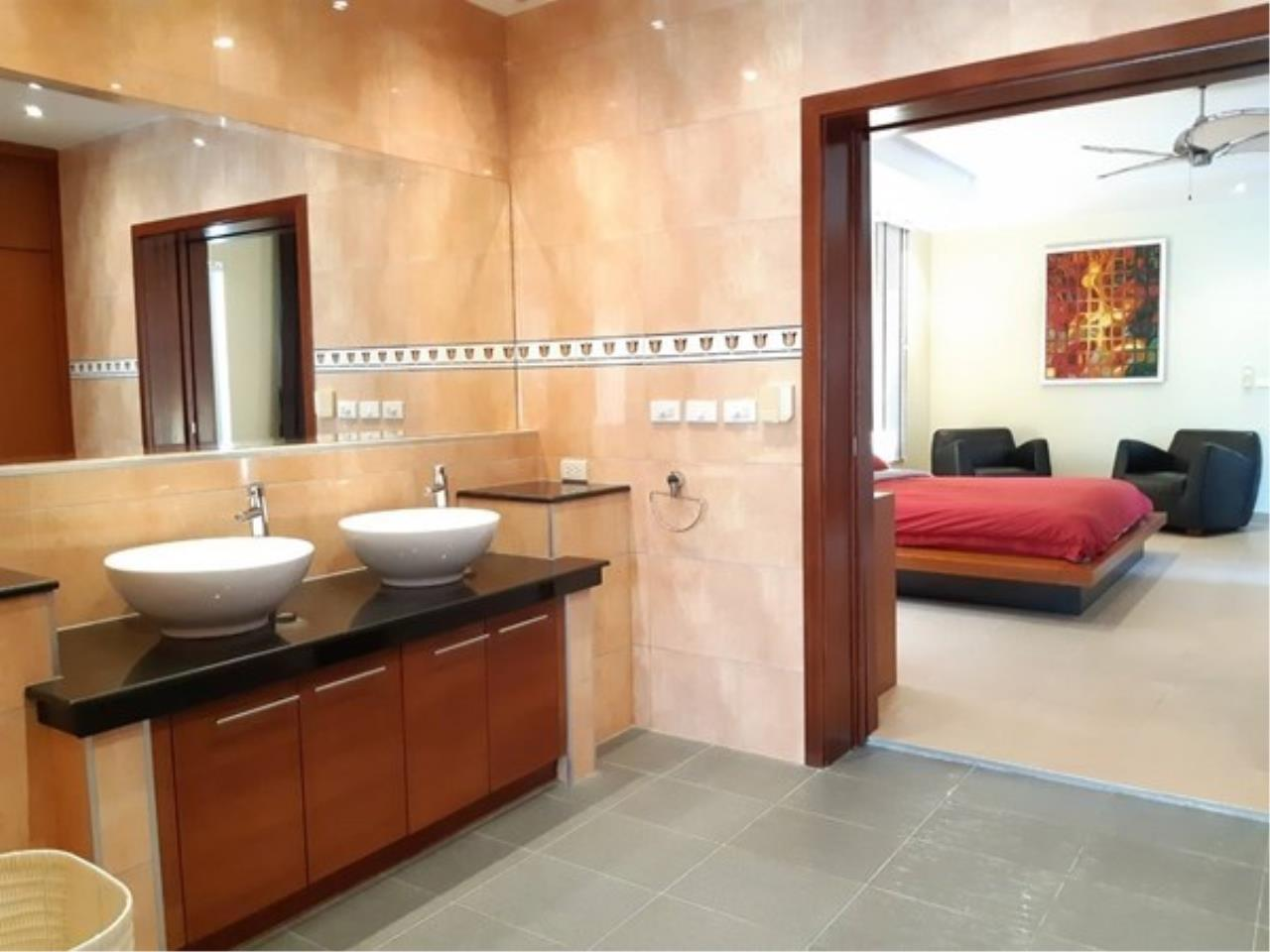 Signature Realty ( Thailand ) Co Ltd Agency's 5 Bedroom Modern Pool Villa in Khao Talo - Pattaya 12