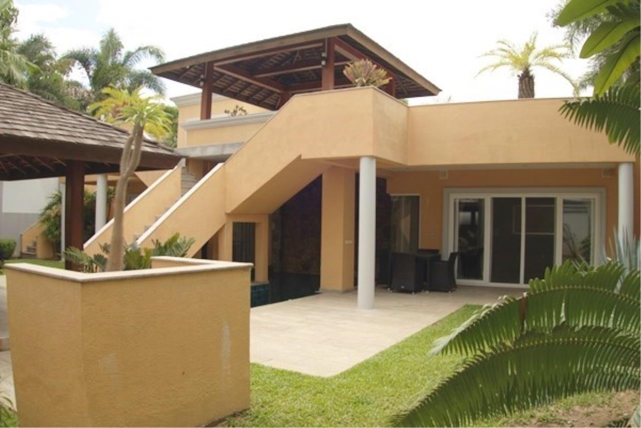 Signature Realty ( Thailand ) Co Ltd Agency's 5 Bedroom Modern Pool Villa in Khao Talo - Pattaya 16