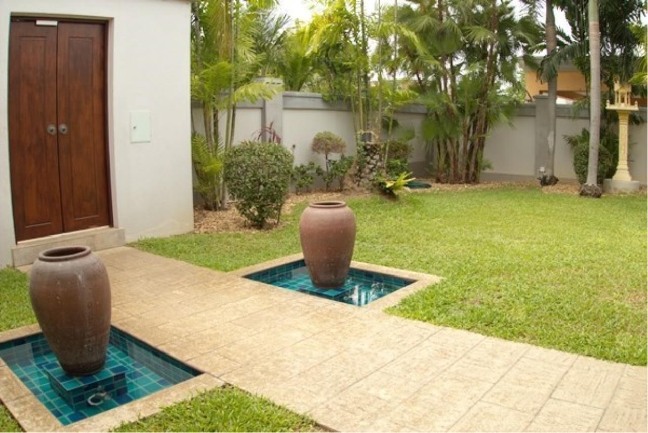 Signature Realty ( Thailand ) Co Ltd Agency's 5 Bedroom Modern Pool Villa in Khao Talo - Pattaya 21