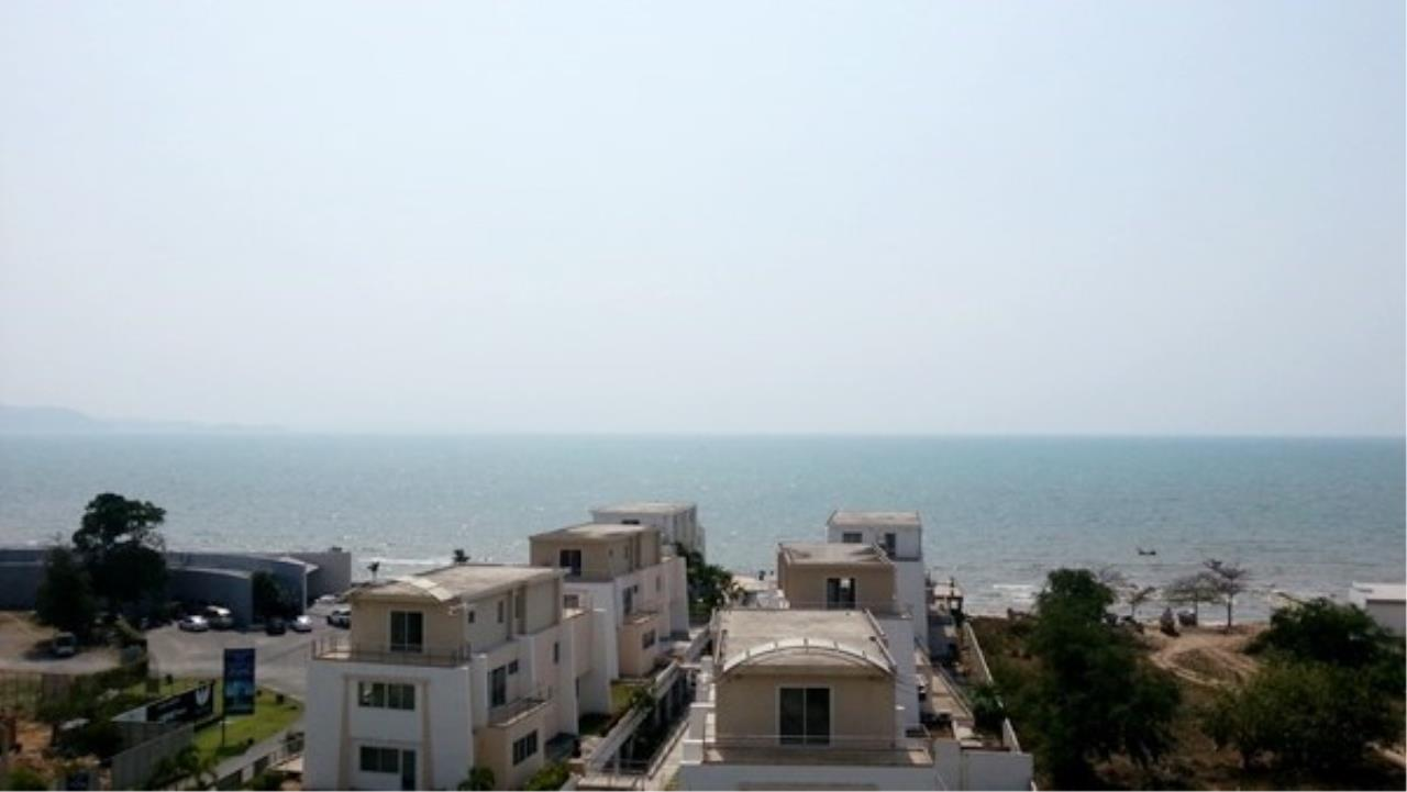 Signature Realty ( Thailand ) Co Ltd Agency's 2 Bedroom Luxury Condo for Sale/Rent in Na Jomtien 2