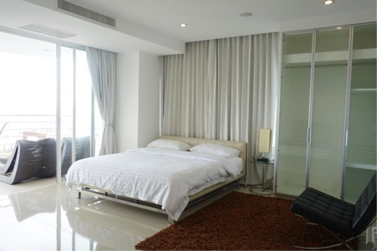 Signature Realty ( Thailand ) Co Ltd Agency's 2 Bedroom Luxury Condo for Sale/Rent in Na Jomtien 7