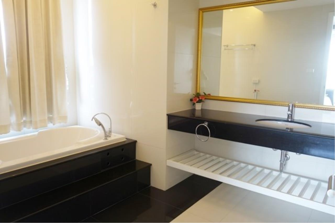 Signature Realty ( Thailand ) Co Ltd Agency's 2 Bedroom Luxury Condo for Sale/Rent in Na Jomtien 9
