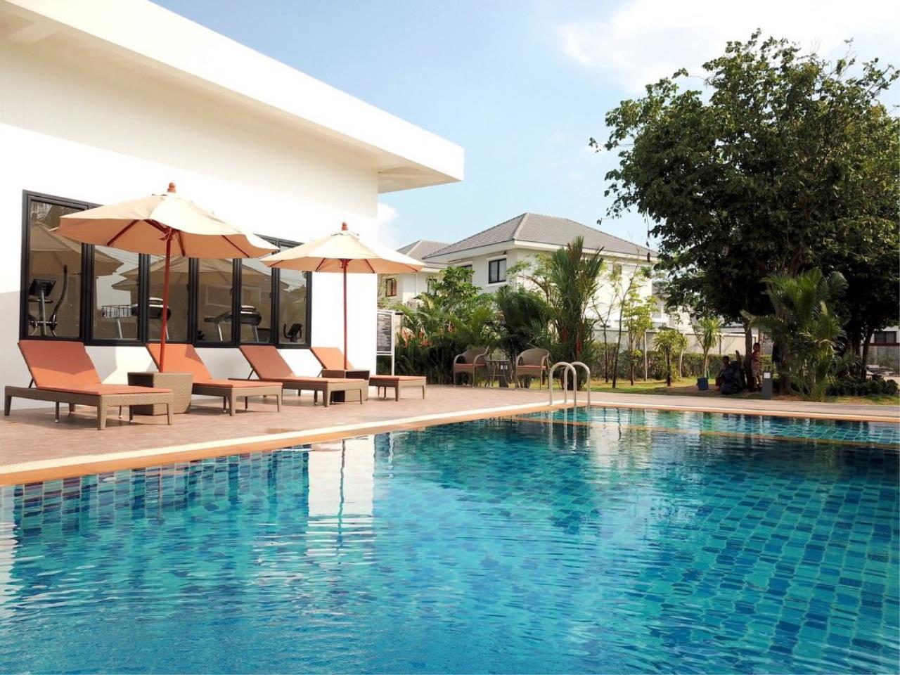 Signature Realty ( Thailand ) Co Ltd Agency's 3 Bedroom Villa for Sale -  Uraiwan Grand Villa C-35 8