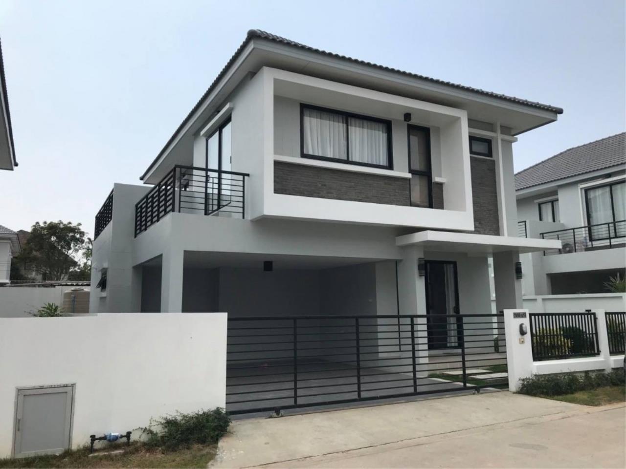 Signature Realty ( Thailand ) Co Ltd Agency's 3 Bedroom Villa for Sale -  Uraiwan Grand Villa C-35 2