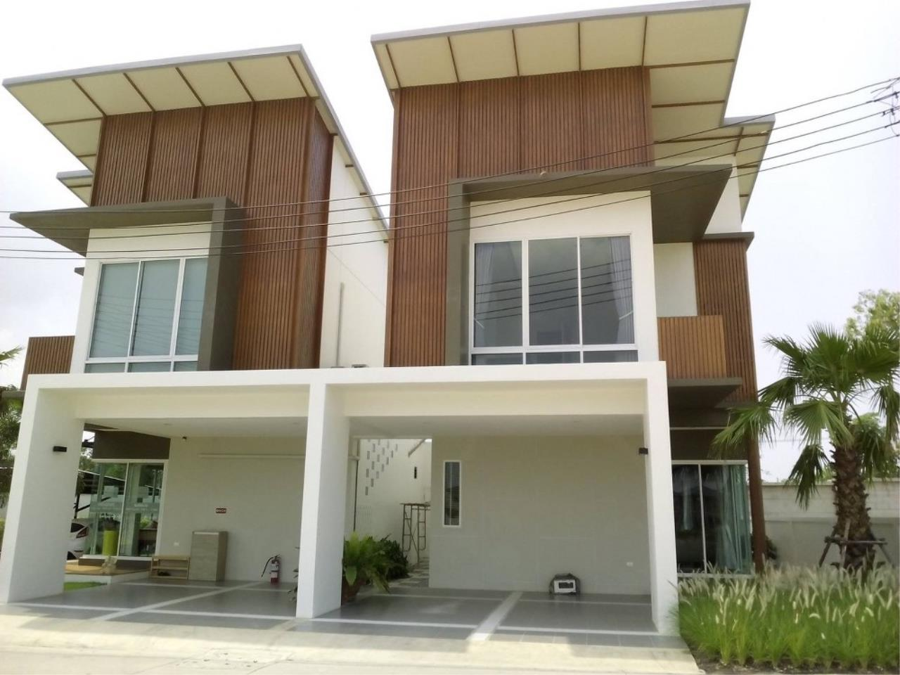 Signature Realty ( Thailand ) Co Ltd Agency's 3 Bedroom House for Sale - Tropical Village 2 Huayyai (Petra) 1