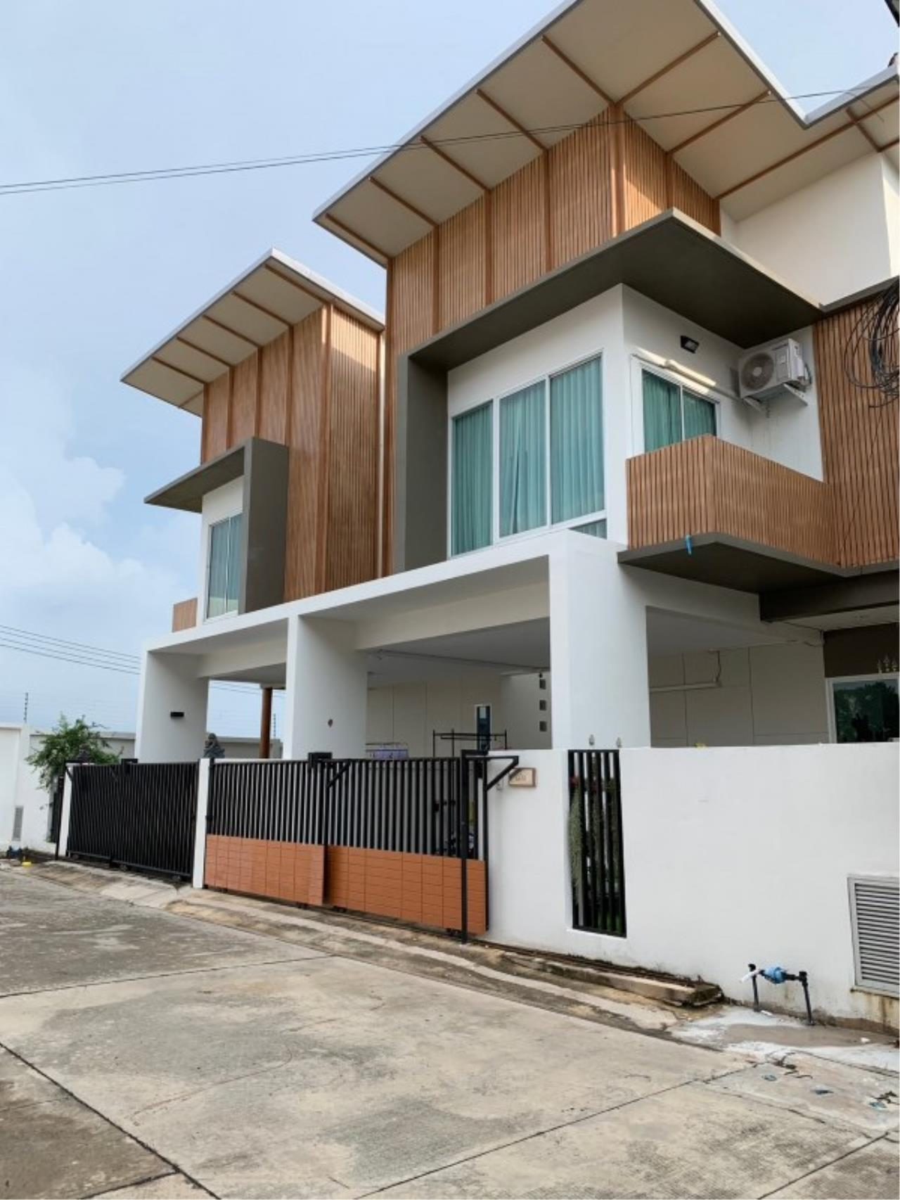 Signature Realty ( Thailand ) Co Ltd Agency's 3 Bedroom House for Sale - Tropical Village 2 Huayyai (Petra) 13