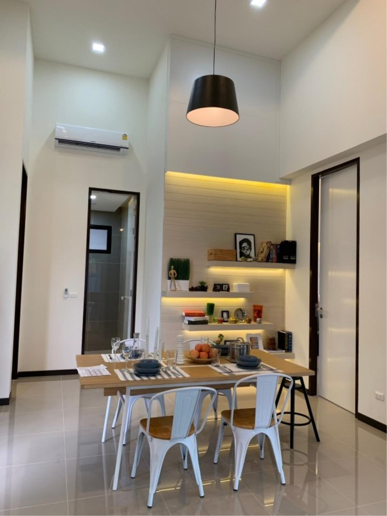 Signature Realty ( Thailand ) Co Ltd Agency's 2 Bedroom House w/Pool for Sale - The Maple Pattaya 13