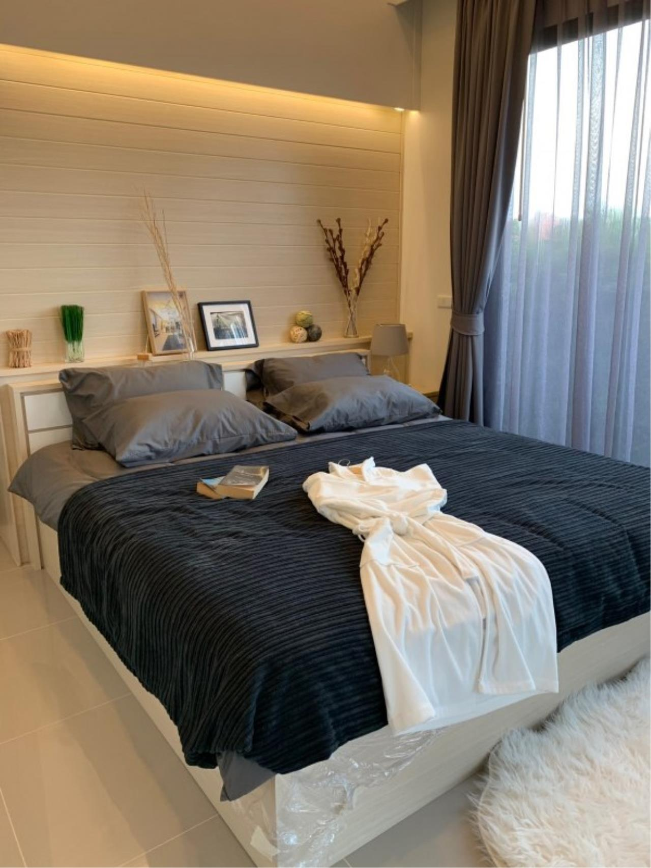 Signature Realty ( Thailand ) Co Ltd Agency's 2 Bedroom House w/Pool for Sale - The Maple Pattaya 2