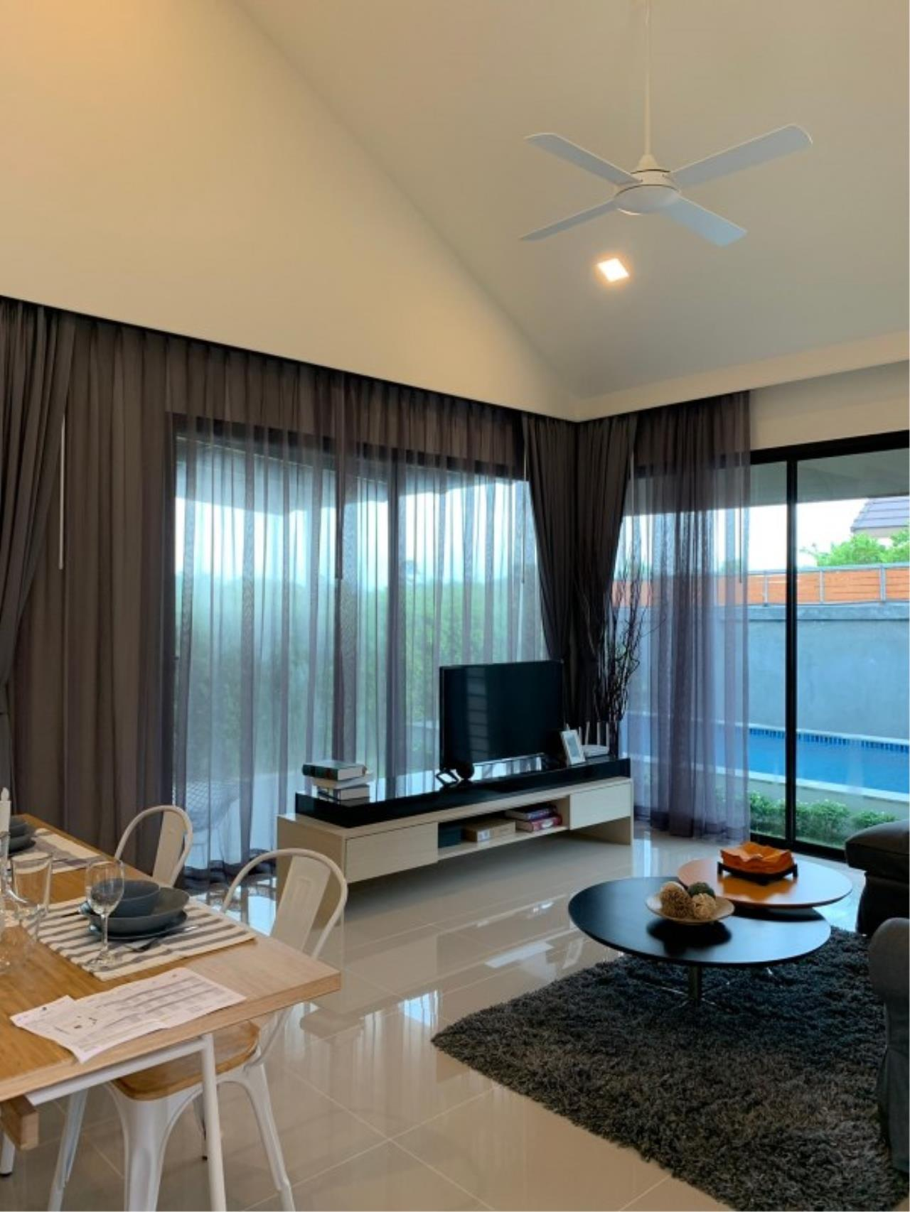 Signature Realty ( Thailand ) Co Ltd Agency's 2 Bedroom House w/Pool for Sale - The Maple Pattaya 12