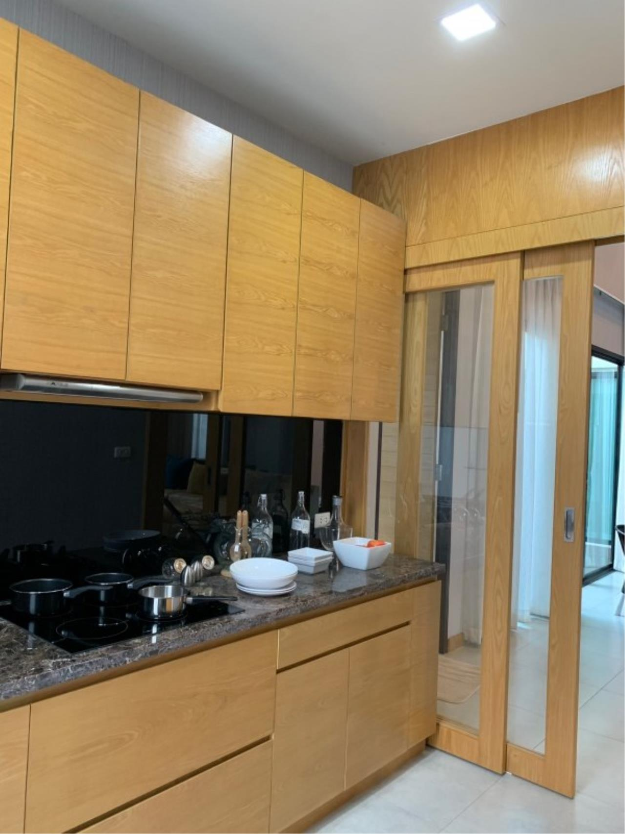 Signature Realty ( Thailand ) Co Ltd Agency's 3 Bedroom House w/Pool for Sale - The Maple Pattaya 11