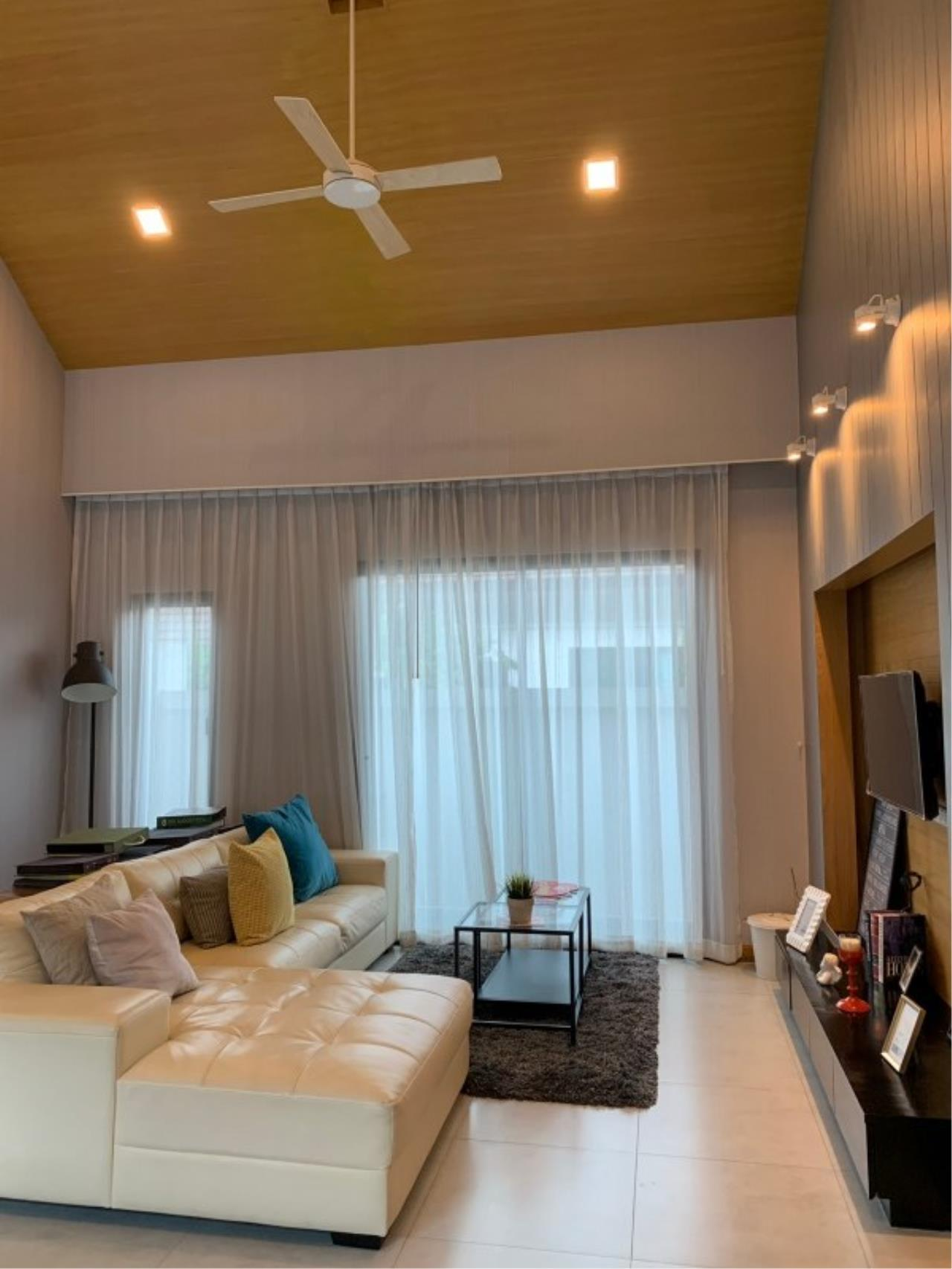 Signature Realty ( Thailand ) Co Ltd Agency's 3 Bedroom House w/Pool for Sale - The Maple Pattaya 12