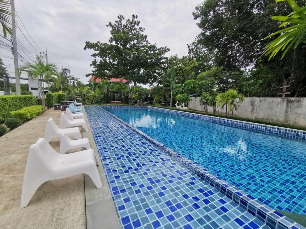 Signature Realty ( Thailand ) Co Ltd Agency's 4 Bedroom House w/Pool for Sale - The Maple Pattaya 5