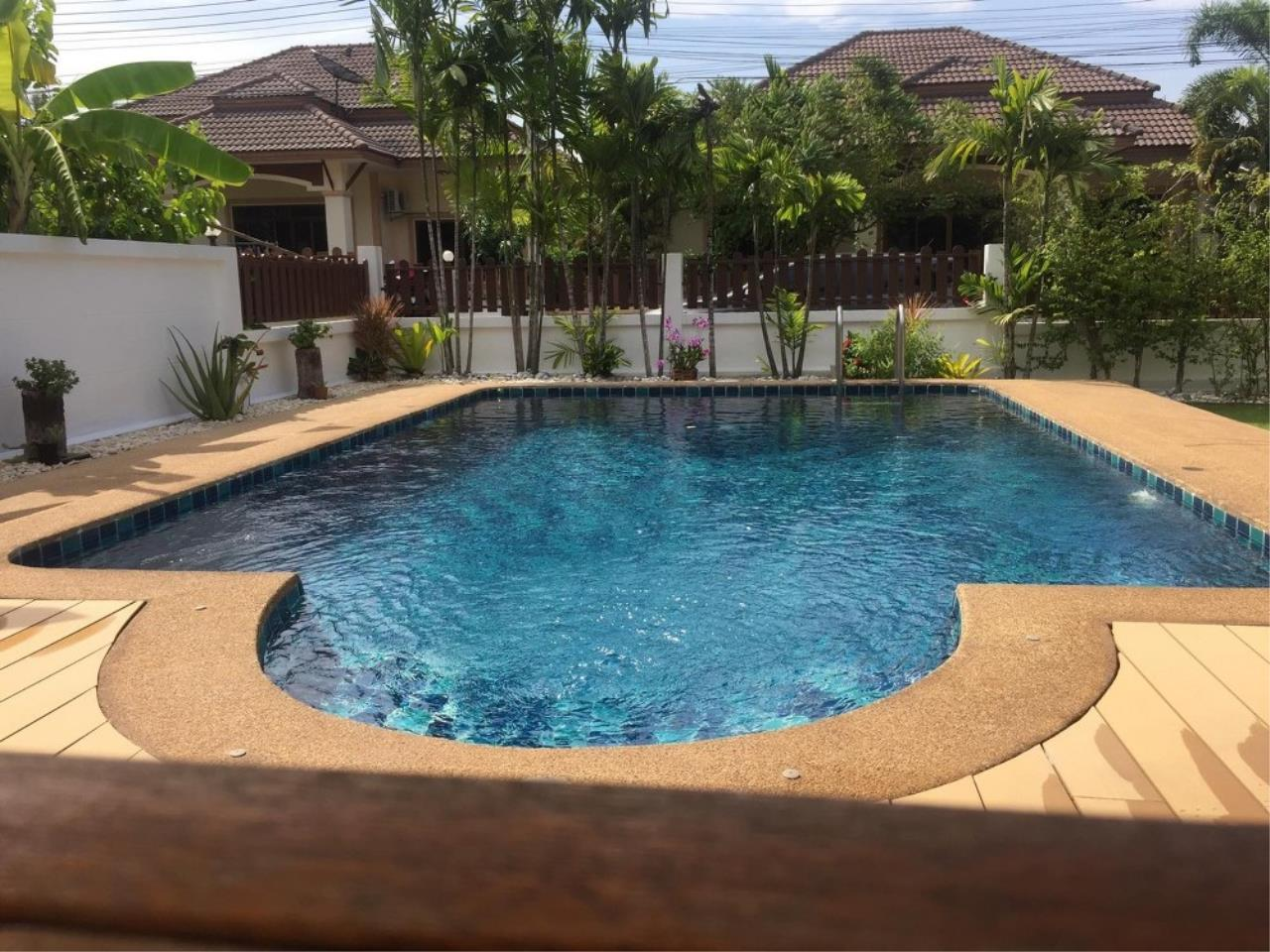 Signature Realty ( Thailand ) Co Ltd Agency's 3 Bedroom House with Pool -  North Pattaya 3