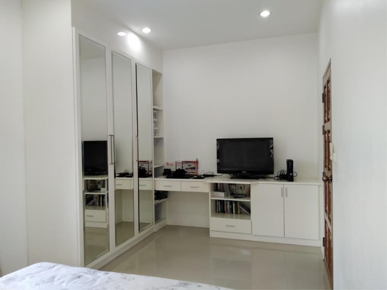 Signature Realty ( Thailand ) Co Ltd Agency's 3 Bedroom House with Pool -  North Pattaya 15