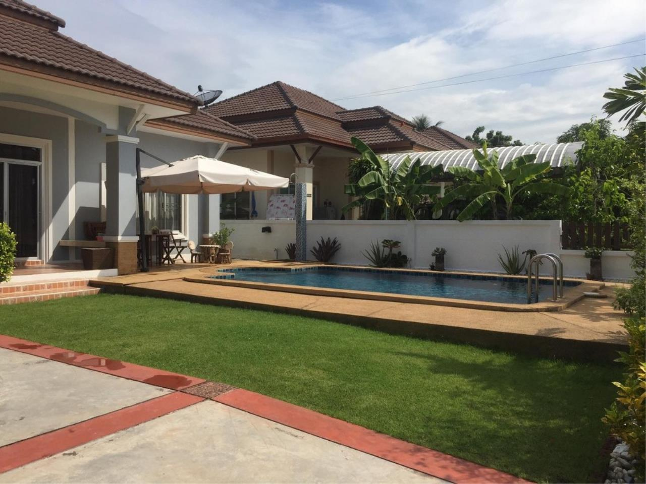 Signature Realty ( Thailand ) Co Ltd Agency's 3 Bedroom House with Pool -  North Pattaya 4