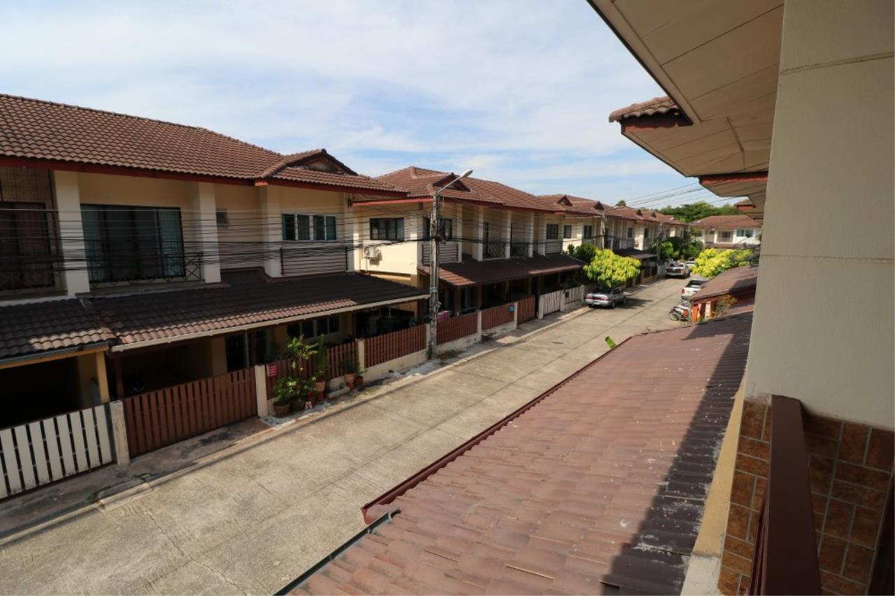 Signature Realty ( Thailand ) Co Ltd Agency's 2 Bedroom House for SALE - Laphat Thana Village Naklua 5