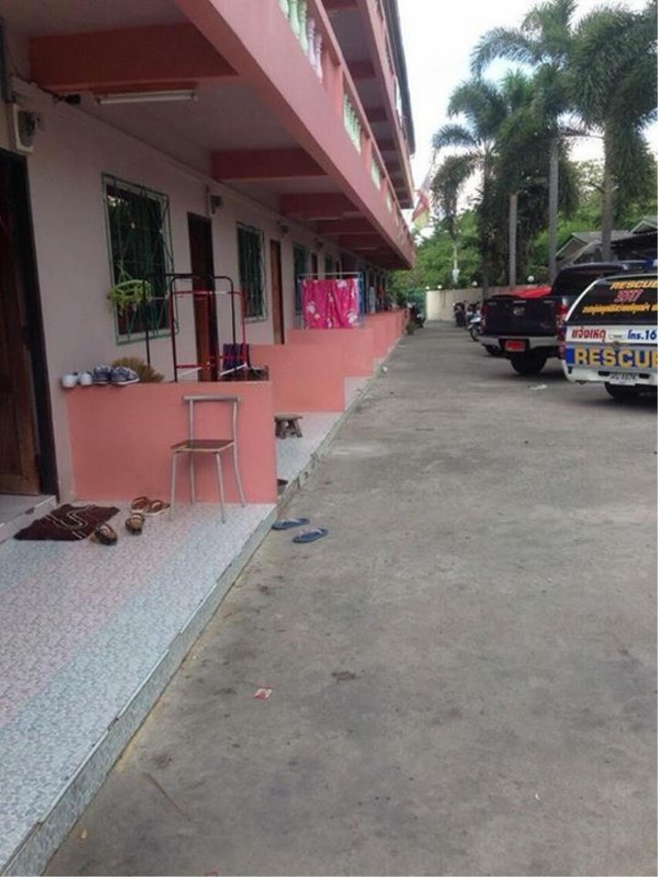 Signature Realty ( Thailand ) Co Ltd Agency's Apartment for SALE - Nern Plabwaan/Pornpraphanimitr 5