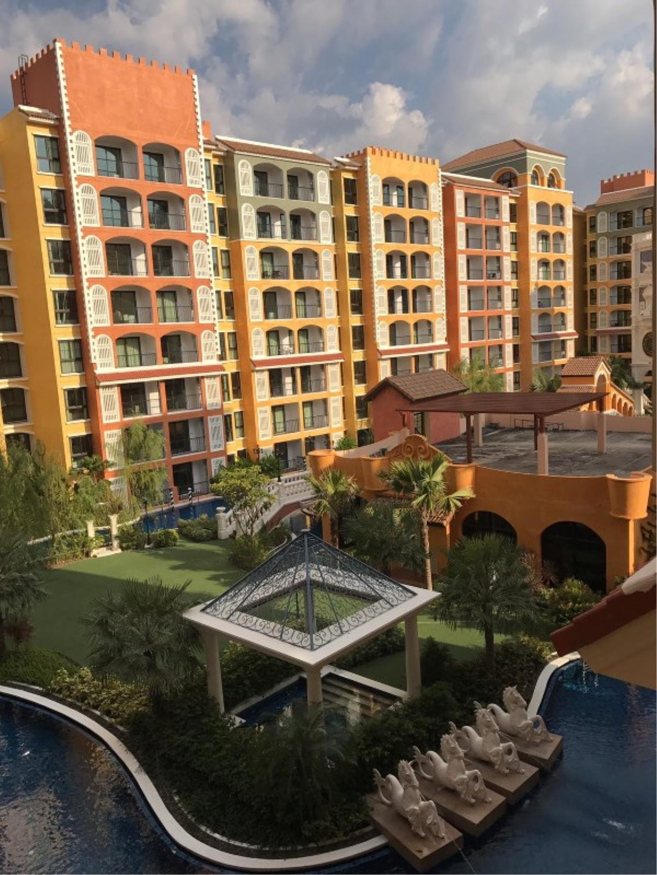 Signature Realty ( Thailand ) Co Ltd Agency's 1 Bedroom Condo 4th floor Building D for RENT - Venetian Condo Najomtien 1