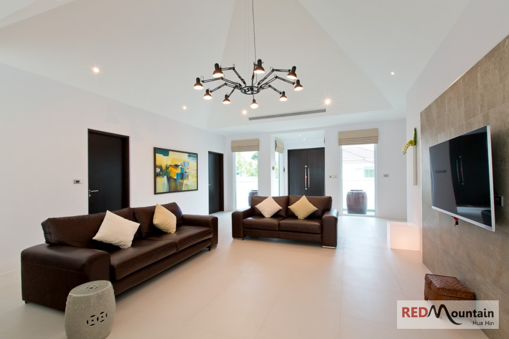 Hua Hin Real Estate Agency's HOue for Sale WOODLANDS [HH 22066] 2