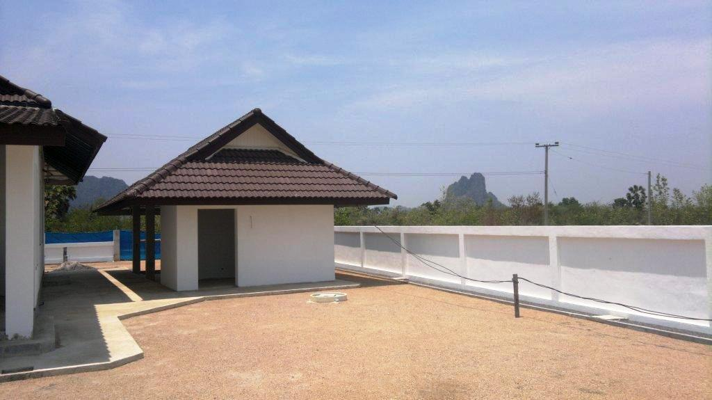 Hua Hin Real Estate Agency's House for Sale VILLA IN CHA AM [HH 22111] 3