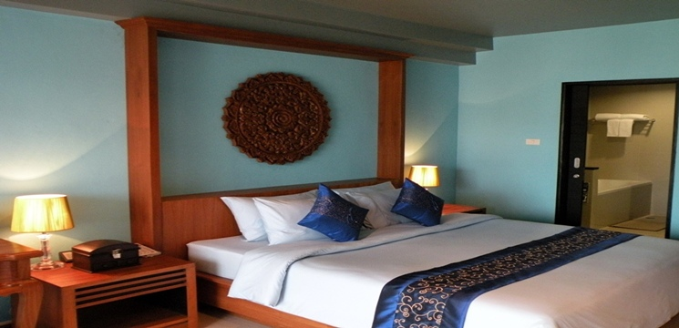 RE/MAX BestLife Agency's 67 room Lamai Beach resort 11