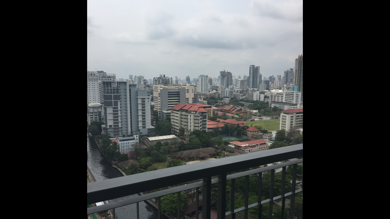 RE/MAX BestLife Agency's Q ASOKE Stunning Unit 23rd Floor 6