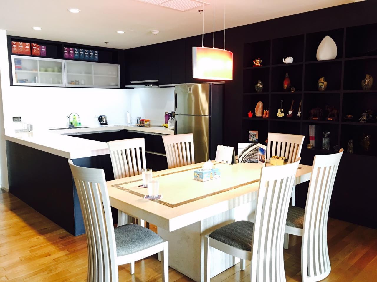 RE/MAX BestLife Agency's The Lakes, 2 Bedroom, 90K, 176SQM, High Floor, Asok 3