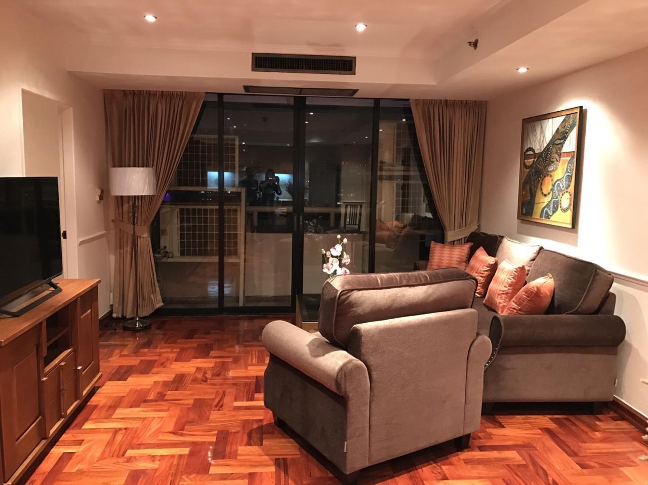 RE/MAX BestLife Agency's Las Colinas Rental 2 Bedrooms Soi Cowboy Asok 3