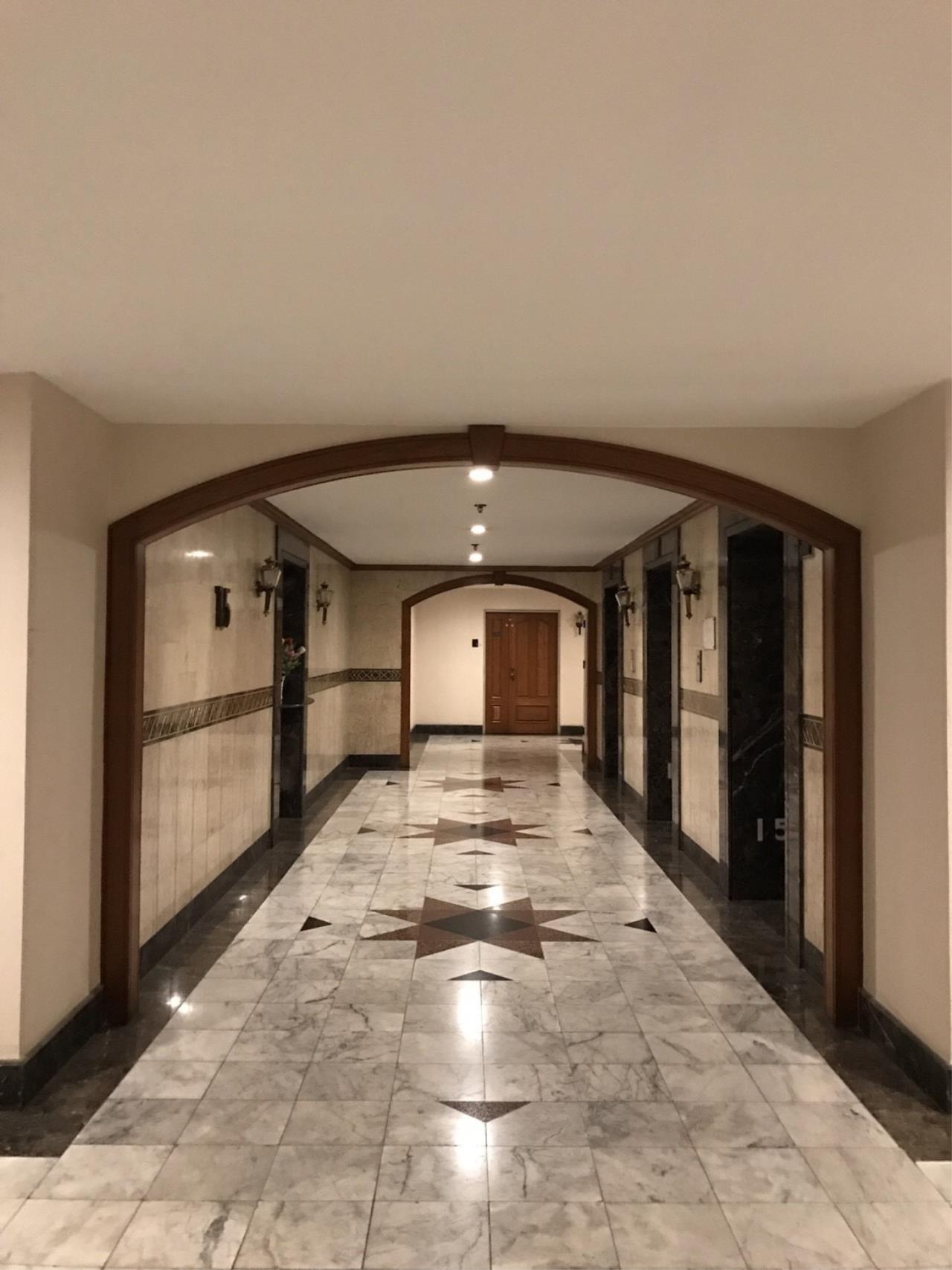 RE/MAX BestLife Agency's Las Colinas Rental 2 Bedrooms Soi Cowboy Asok 2