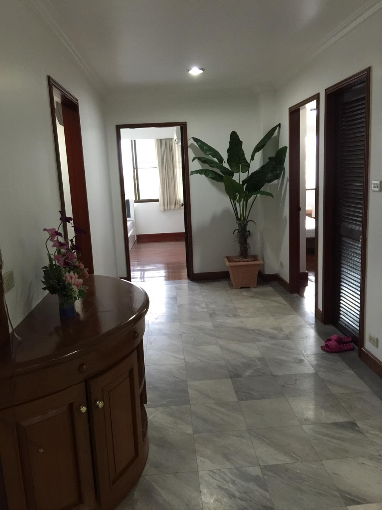 RE/MAX BestLife Agency's Acadamia Grand Tower 3 Bedrooms Phrom Pong 3