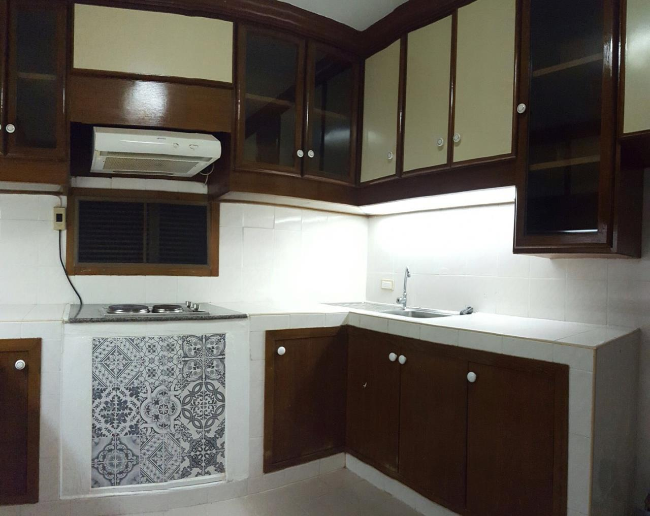 RE/MAX BestLife Agency's Acadamia Grand Tower 3 Bedrooms Phrom Pong 5